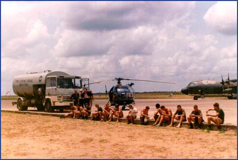 A961 Zinnia - Operation EQUATOR KISS (dec 1992 - jan 94) - Page 5 1008220712331050246610554